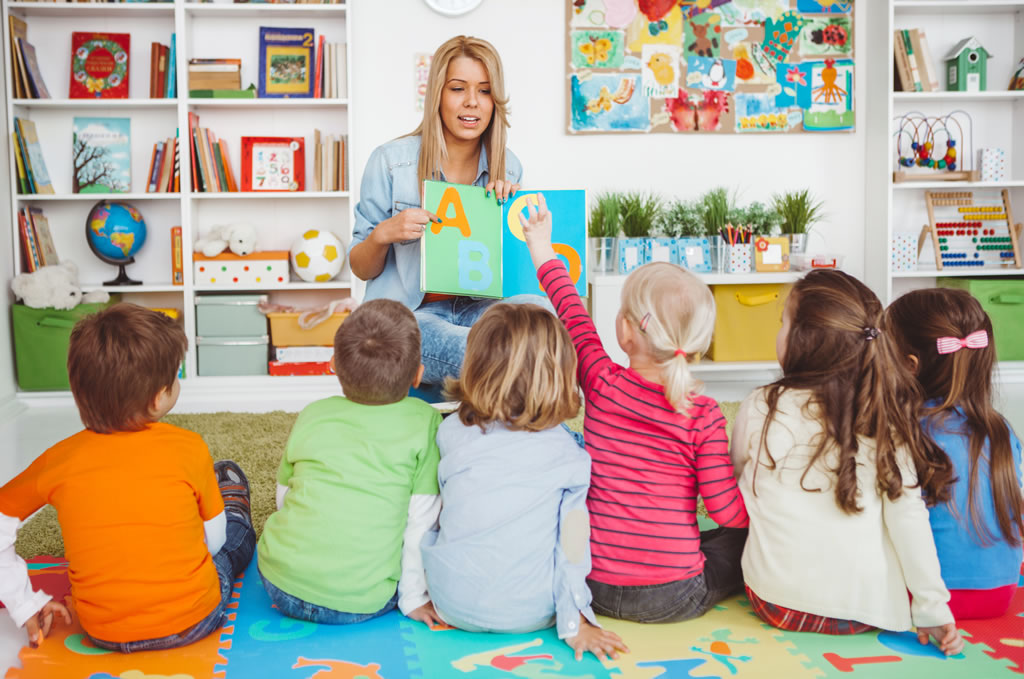 Russell Nursery - Teaching Literacy